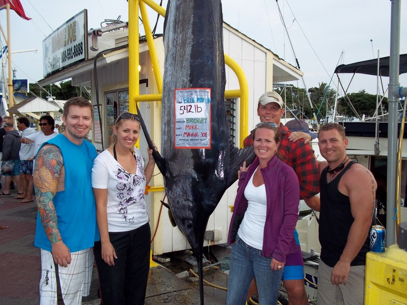 2011-02-12-mj-542lb-blue-marlin-bridget-brad-brandon-ben-elle