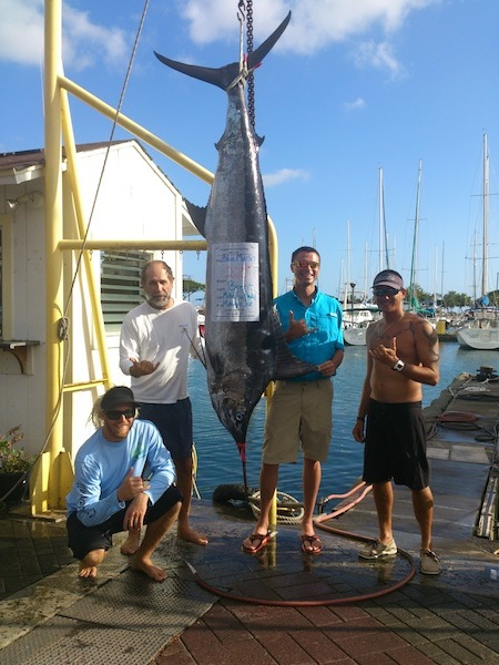 Brent on maggie with Capt mike and Ty and Pauly 220 blue