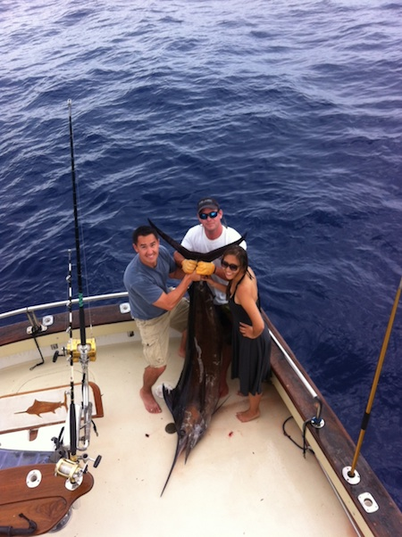Hawaii big game fishing maggie joe sport fishing oahu for Honolulu fishing charters