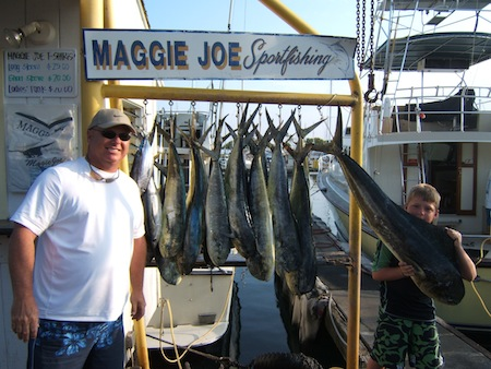 rk_23lb-mahi-biggest_angler-jacob-father-rick