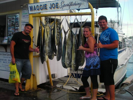 ruckus-14-mahi-mahi-sam-rebecca-donald-on-ruckus