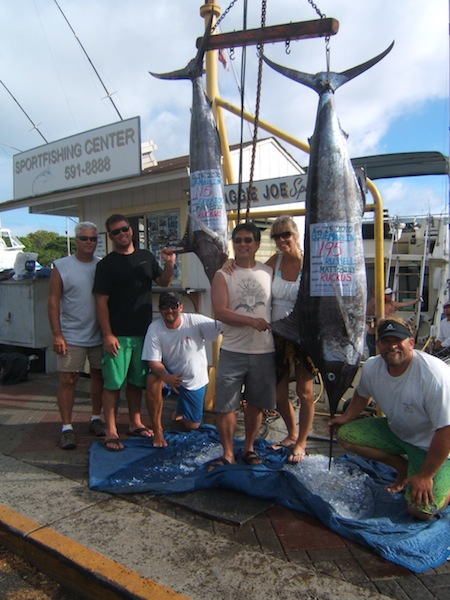 ruckus-2-blue-marlin-195-lbs-angler-russell-115-lbs-angler-derrick-also-with-shannon-tommy-capt-matt-and-billy