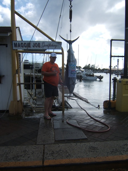 sea-hawk-100-lb-blue-marlin-angler-brian