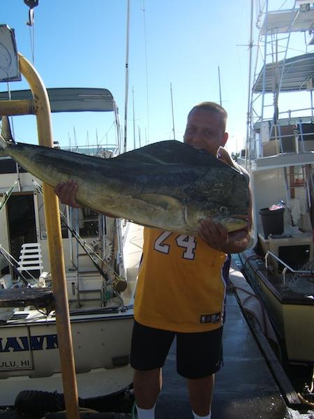 sea-hawk-9-mahi-angler-mark-with-his-40lb-bull-mahi
