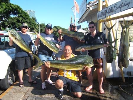 sea-hawk-9-mahi-with-anglers-andy-and-lisa-and-ryan-andrew-and-mark