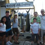 maggie-joe-1-mahi-angler-teri-3-akus-angler-chris-and-tiffany-with-family-victor-greg-and-shantel