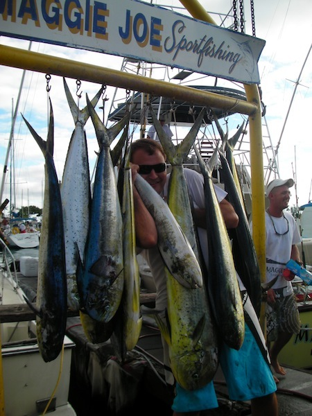 maggie-joe-11-mahi-mahi-adam-paul-sheriff-friends