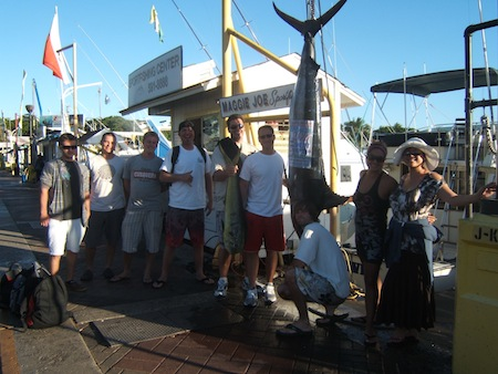 maggie-joe-200lb-blue-marlin-angler-smitty-and-a-mahi-angler-mike-with-friends-ruby-john-andy-ryan-eliza-morgan-and-luke