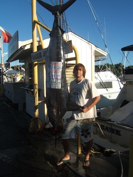 maggie-joe-angler-smitty-with-his-200lb-blue-marlin1