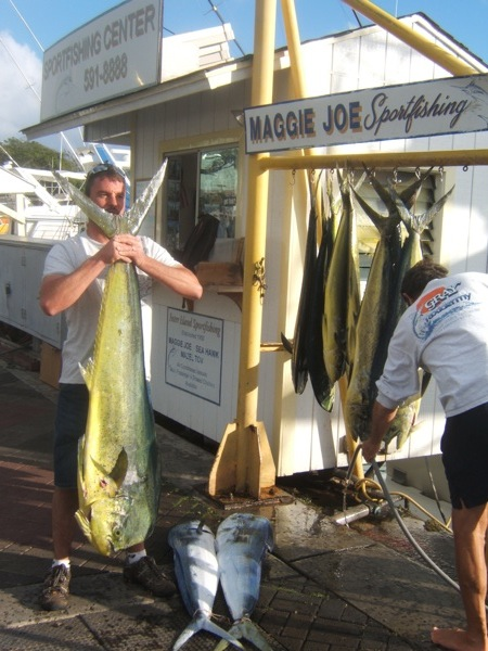 mj_11-mahi-47lbs-biggest-chris-ravsten-party-3a2