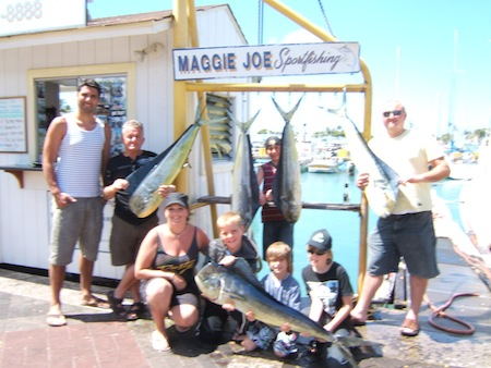 mj_5-mahi_cole-cody-brodie-jordan-caz-dallas-george