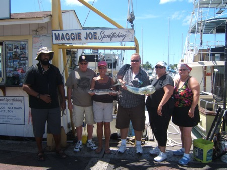 ruckus-1-mahi-angler-ben-with-wife-jenette-and-1-baracuda-angler-suzy-with-husband-jim-also-joseph-and-lori
