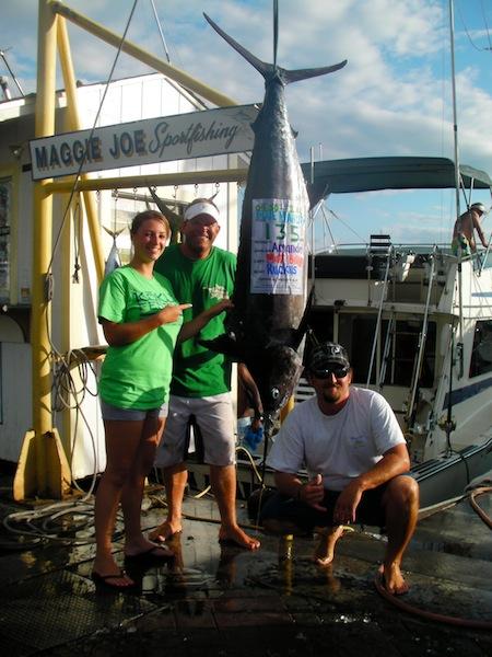 ruckus-135-lb-blue-marlin-angler-aussie-amanda-capt-matt-billy