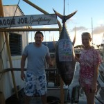 ruckus-145-lb-ahi-angler-kevin-and-wife-kate
