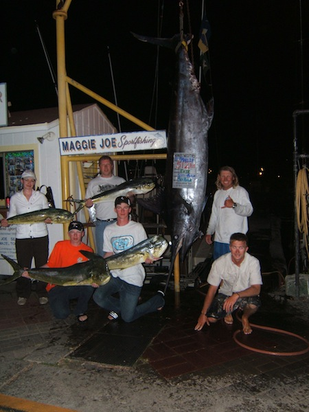 sh_512lb-blue-marlin-6-mahi-1-aku_erik-dwayne-garrett-jennifer-capt-scotty-morgan-1-1